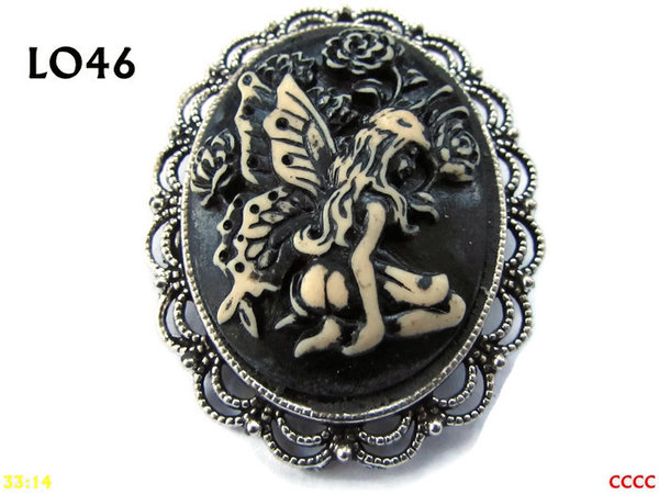 Badge / Brooch LO46, Oval Cameo, Kneeling Fairy, Silver setting (40x50mm)