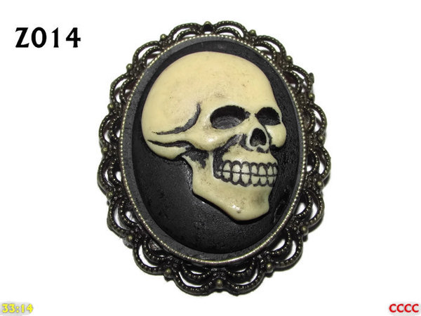 Badge / Brooch ZO14, Oval Cameo, Cheeky Skull , Bronze setting (40x50mm)