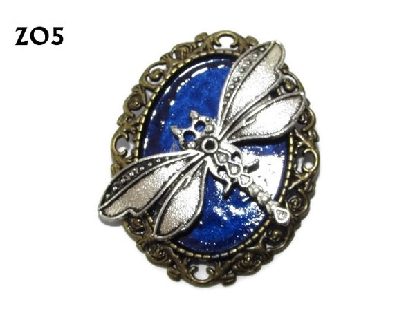 Badge / Brooch ZO05, Oval, Silver Dragonfly, bronze setting (40x50mm)