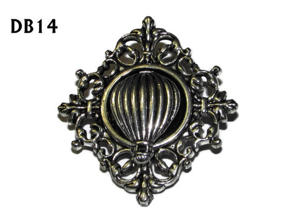 Lapel badge, DB14, balloon design, diamond shaped silver setting (34x37mm)