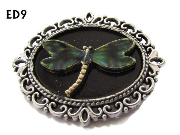 Badge / Brooch, ED09E, Dragonfly, black/silver oval setting (36x30mm)