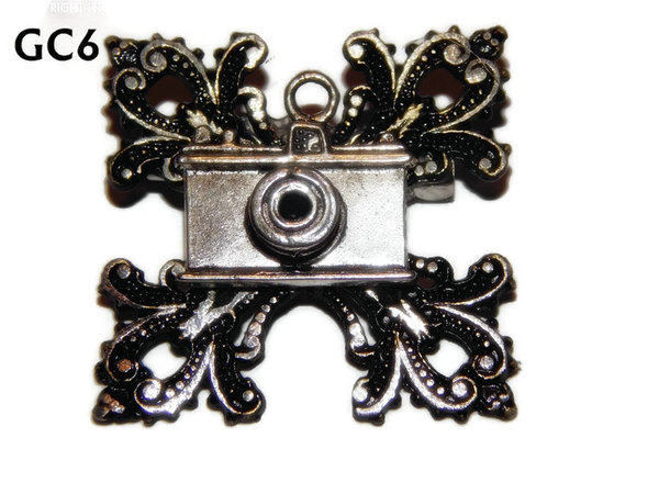Badge, GC06, Camera ,Gothic Cross (39x39mm)