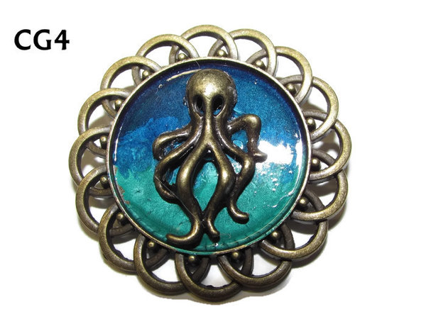 Badge / Brooch, CG04, small Octopus bronze, Green/Blue, Round Curly Edge, (44mm dia)
