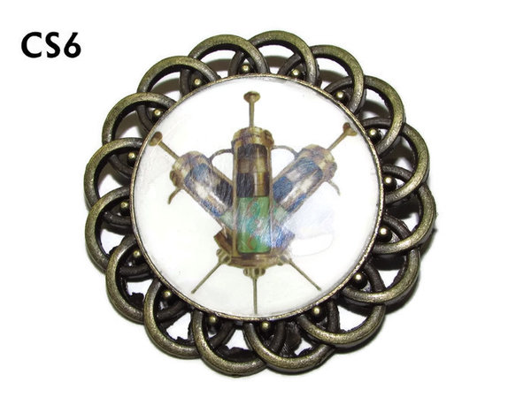 Badge / Brooch, CS06, Syringes Graphic, Round Curly Edge, (44mm dia)