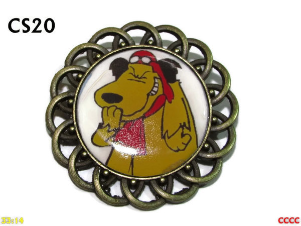 Badge / Brooch, CS20, Muttley Graphic, Round Curly Edge, (44mm dia)