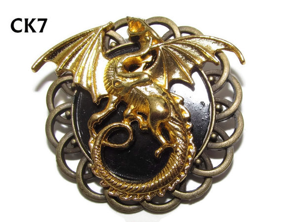 Badge / Brooch, CK07, Dragon gold, Black, Round Curly Edge, (44mm dia)
