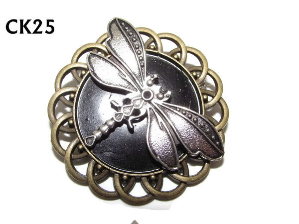 Badge / Brooch, CK25, Dragonfly, Black, Round Curly Edge, (44mm dia)