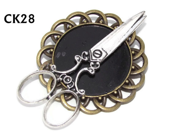 Badge / Brooch, CK28, Scissors silver, Black, Round Curly Edge, (44mm dia)