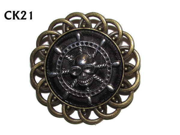 Badge / Brooch, CK21, Ships Wheel & skull, Black, Round Curly Edge, (44mm dia)