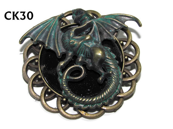 Badge / Brooch, CK30, Dragon green, Black, Round Curly Edge, (44mm dia)