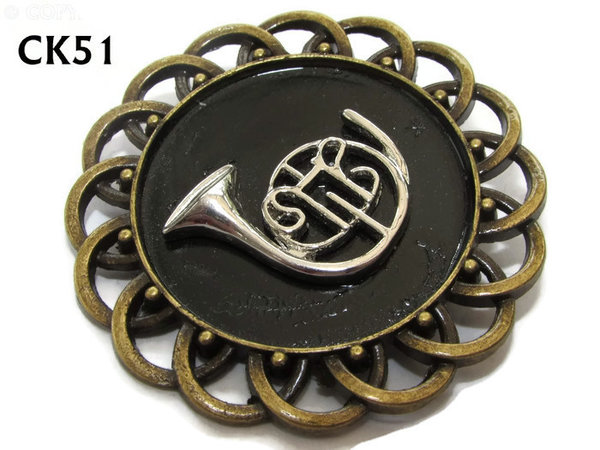 Badge / Brooch, CK51, French Horn, Black, Round Curly Edge, (44mm dia)