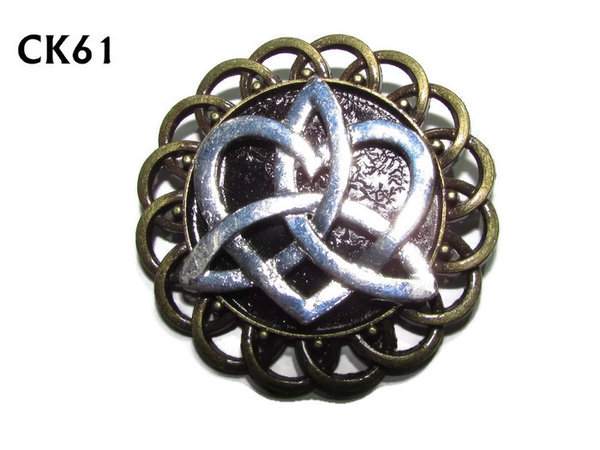 Badge / Brooch, CK61, Trinity Knot, Black, Round Curly Edge, (44mm dia)