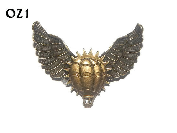 Badge / Brooch, OZ01, Balloon bronze, Bronze Owl Wing back, (52mm wide approx)