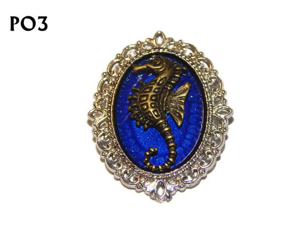 Badge / Brooch, PO03, Seahorse, Oval Backing, (30x37mm approx)