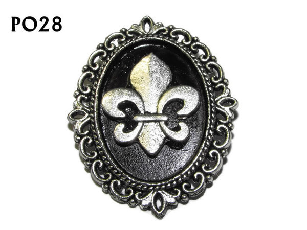 Badge / Brooch, PO28, Fleur de Lis, Oval Backing, (30x37mm approx)