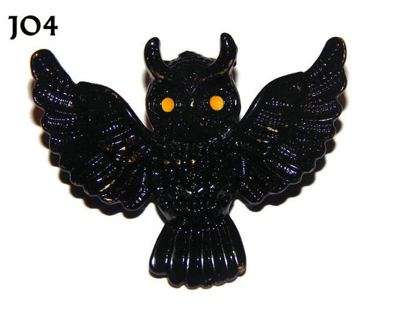 Badge / Brooch, JO04, Black Flying Owl with yellow eyes. (55x47mm)