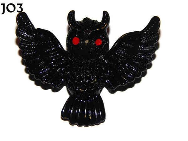 Badge / Brooch, JO03, Black Flying Owl with red eyes. (55x47mm)