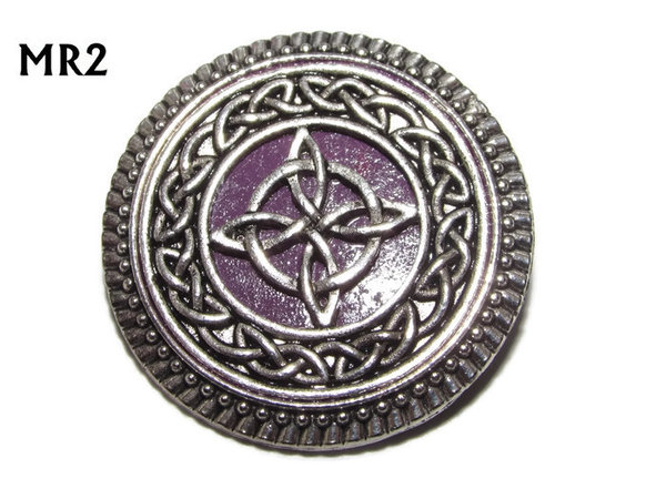 Badge / Brooch, MR02, Witch's Knot on Purple background, Round Silver setting (32mm dia.)