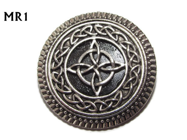 Badge / Brooch, MR01, Witch's Knot on Black background, Round Silver setting (32mm dia.)