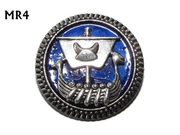 Badge / Brooch, MR04, Longboat on blue background, Round Silver setting (32mm dia.)