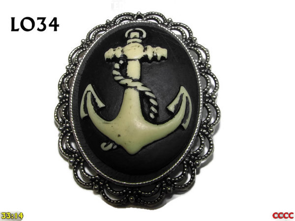Badge / Brooch LO34, Oval Cameo, Anchor, Silver setting (40x50mm)