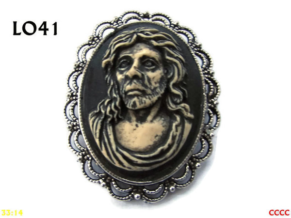 Badge / Brooch LO41, Oval Cameo, Beard, Silver setting (40x50mm)