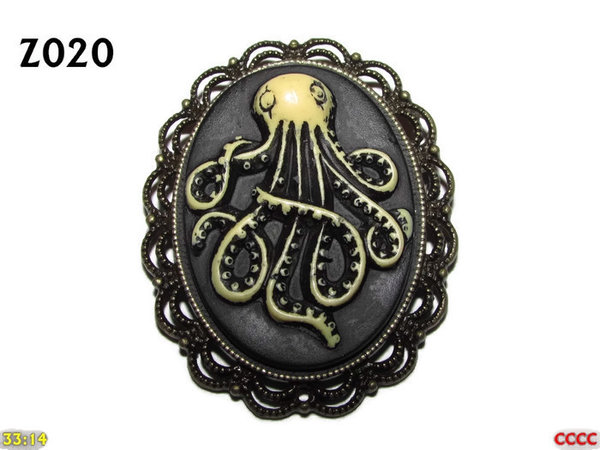 Badge / Brooch ZO20, Oval Cameo, Kraken (tall) , Bronze setting (40x50mm)