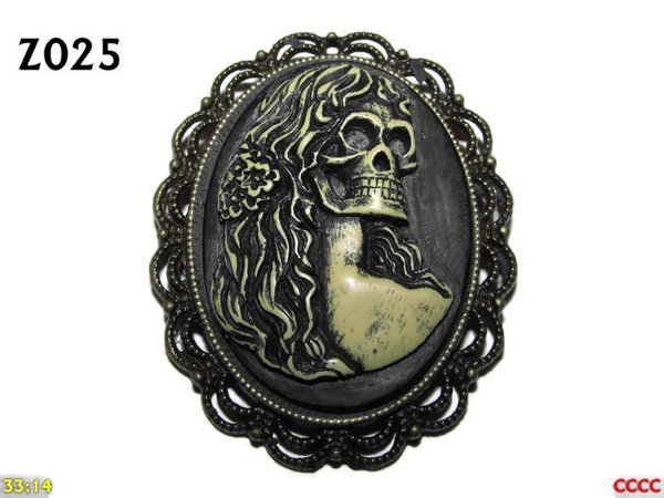 Badge / Brooch ZO25, Oval Cameo, Hair, Bronze setting (40x50mm)