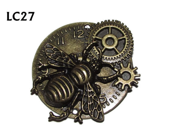 Badge/ Brooch, LC27,  Bronze clock backing with bronze bee, (45x45mm)