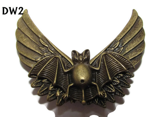 Badge / Brooch, DW02, Bronze Bat on BronzeWings (65mm wide approx)