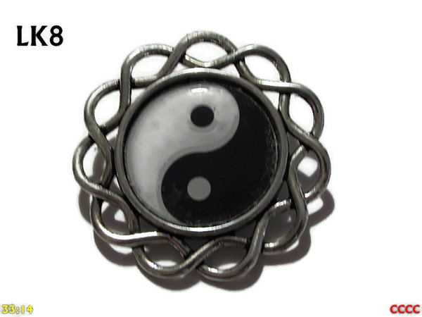 Badge / Brooch, LK08, Yin Yang design set in loopy curly edged backing (34mm dia.)