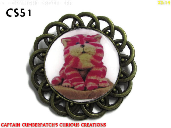 Badge / Brooch, CS51, Bagpuss, Round Curly Edge, (44mm dia)