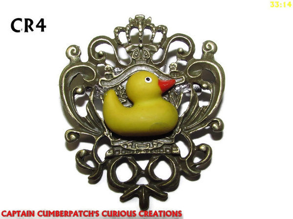 Badge / Brooch, CR04, Rubber Duck Crest - bronze. (42x55mm)