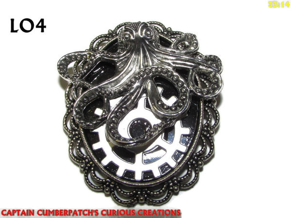 Badge / Brooch LO04, Oval, Mechanical Kraken / Octopus, Silver setting (40x50mm)